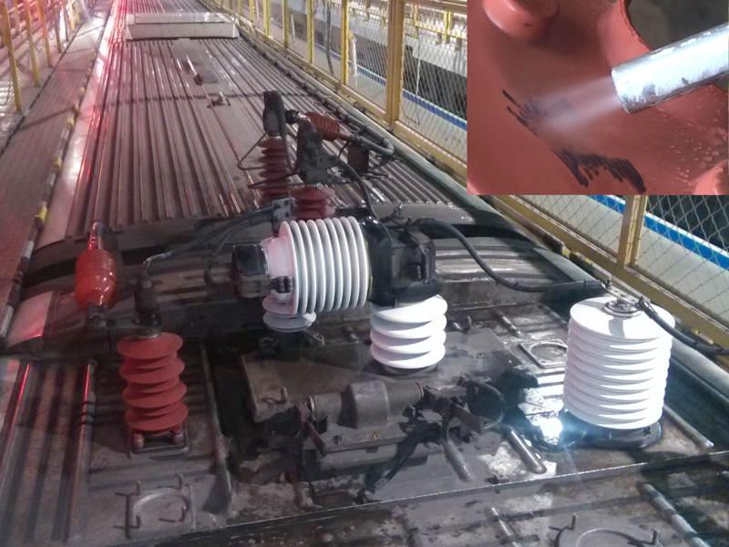 Isolatoren auf Zügen und Reinigung beschichteter Isolatoren mittels JetMaster