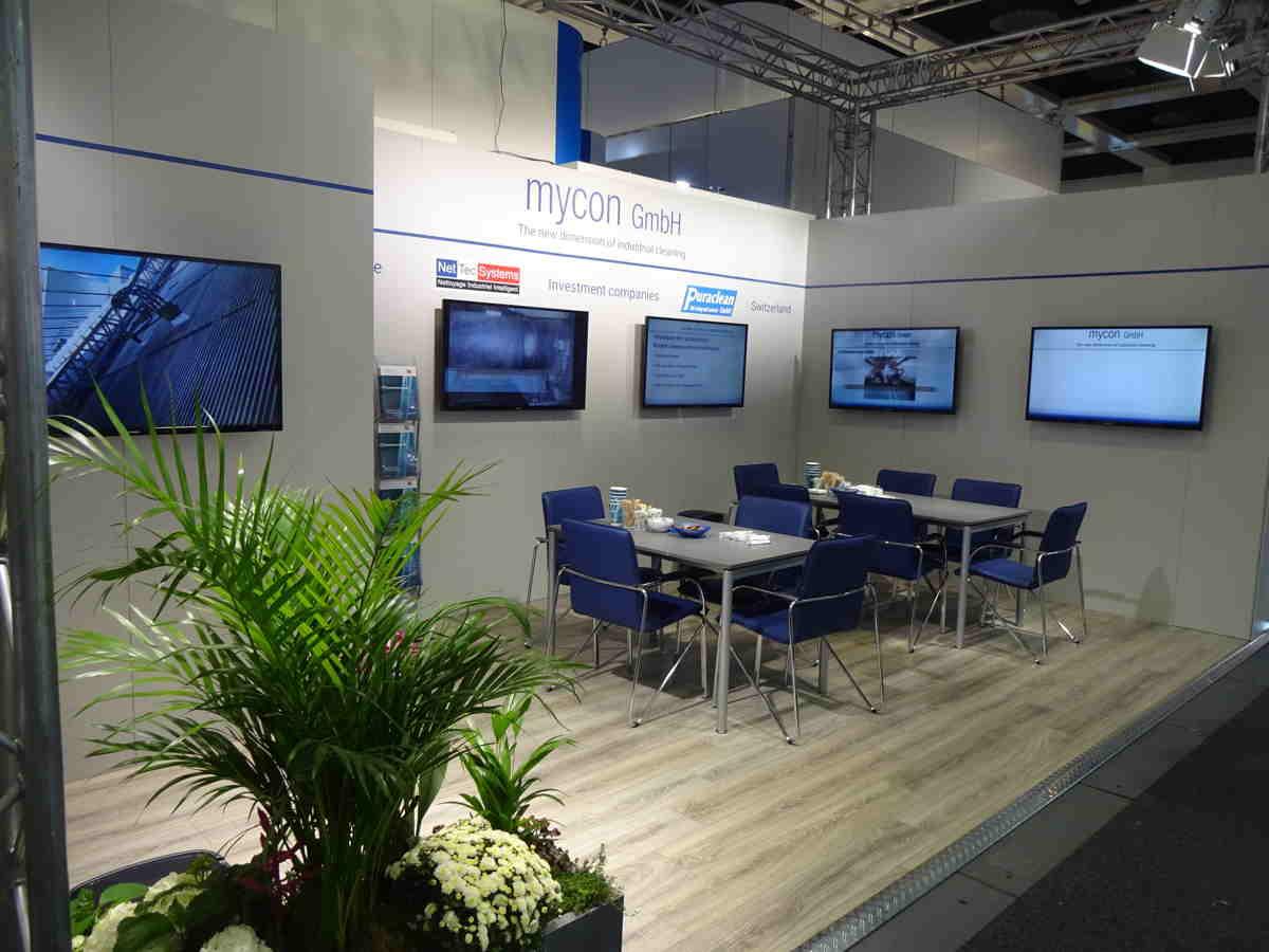Messestand der mycon GmbH vor Öffnung der InnoTrans Messe